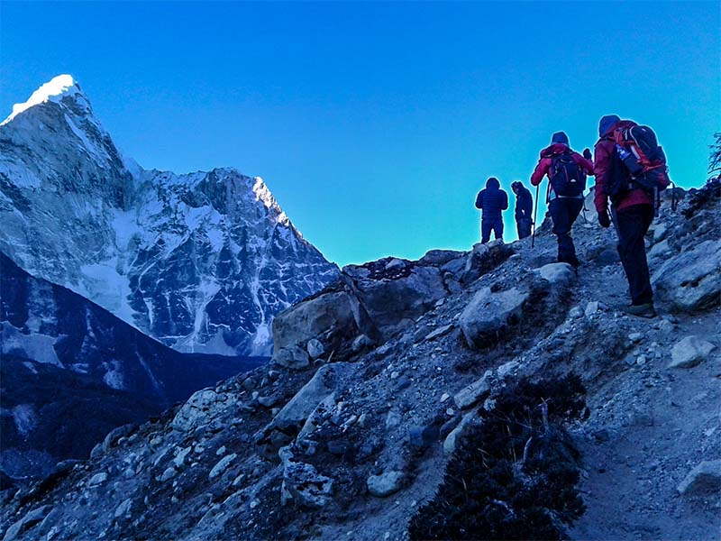 everest-panorama-himalaya-3sisters-10daytrekking-group-nepal.jpg